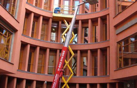 Klempířské práce na admin. budově v Praze